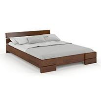 Łóżka drewniane niskie